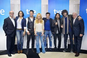 HOY EN TV: Jaime Cantizano, a la caza del nuevo éxito musical en «Hit, la canción»