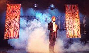 Una imagen de la primera parte de 'El misteri de Houdini'.