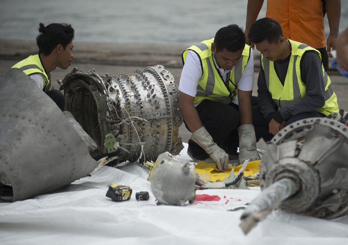 El Comité Nacional de Seguridad en el Transporte (KNKT) de Indonesia ya publicó un informe preliminar en noviembre pasado.
