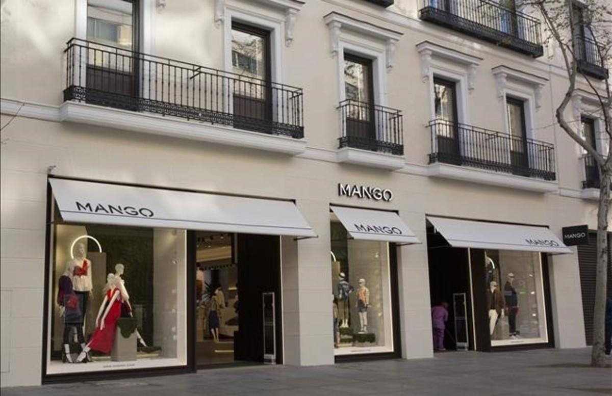 Nueva tienda de Mango en la calle Serrado, de Madrid.