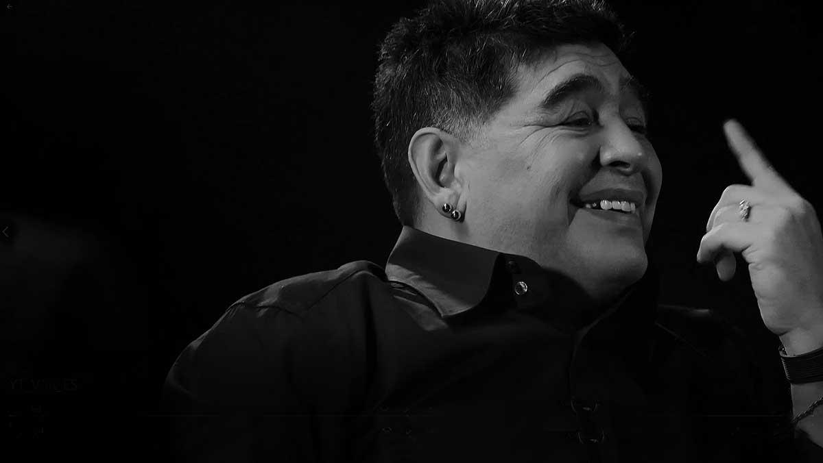 Charla sobre el VAR con Maradona y otras leyendas del fútbol.