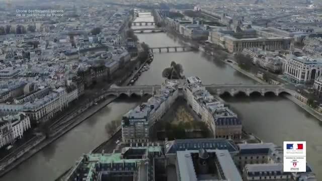 París a vista de dron durante el coronavirus.