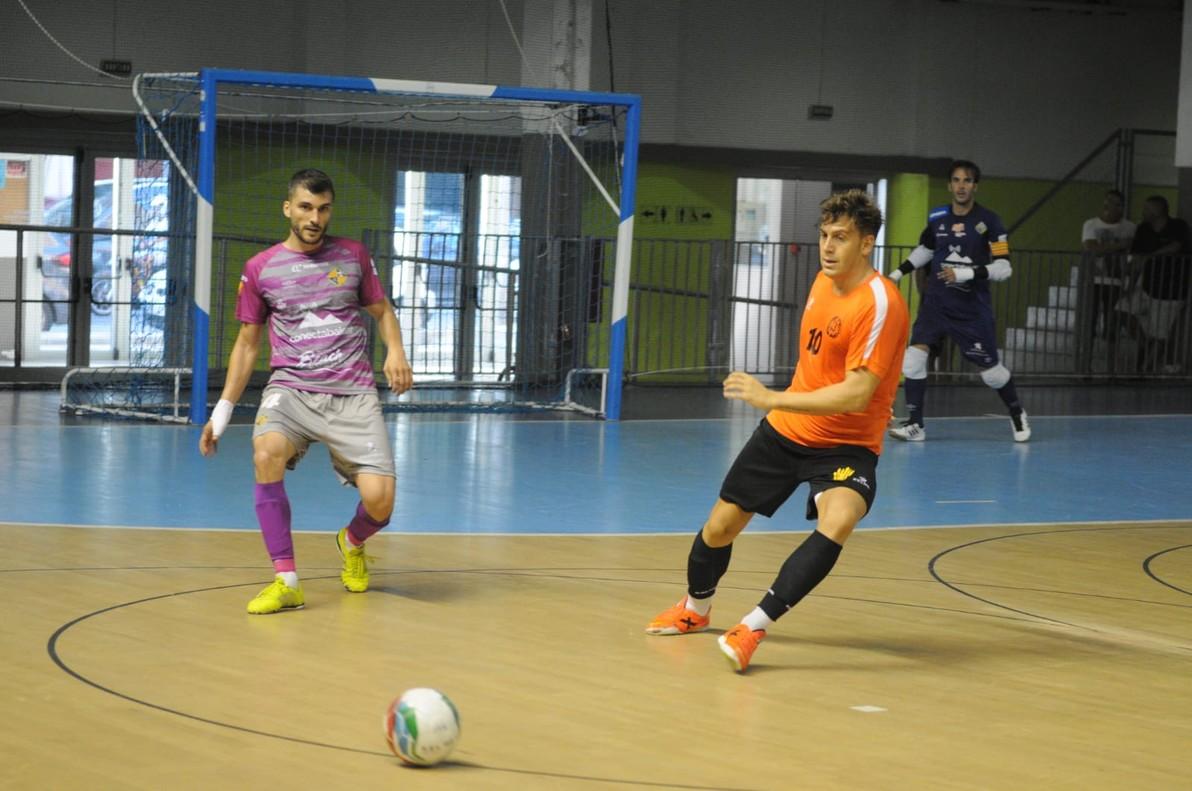 Partido entre el Industrias Santa Colomay el Palma Futsal.