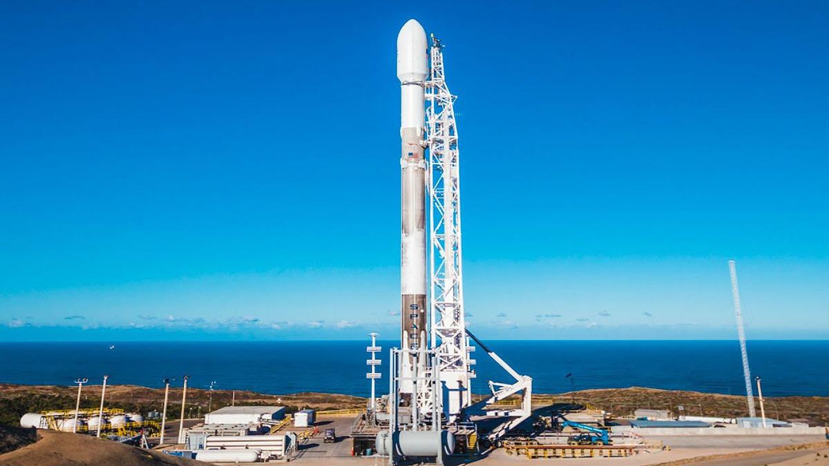 El cohete de SpacX que lanzará al espacio al satélite Paz.
