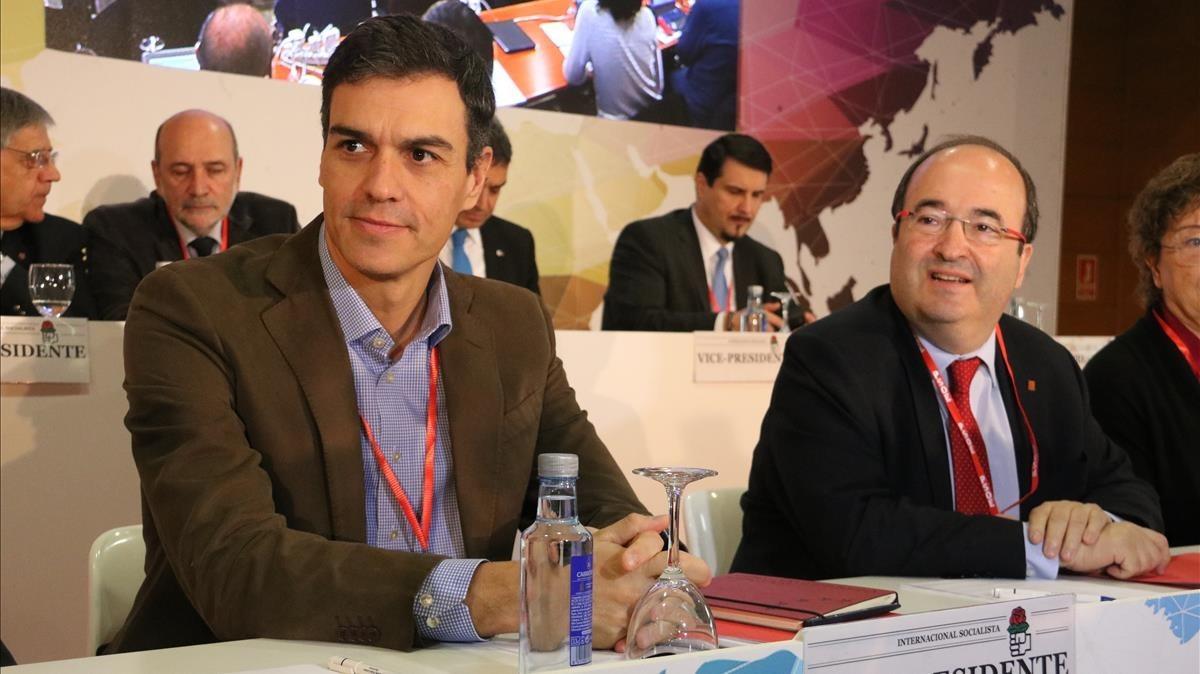 Pedro Sánchez y Miquel Iceta en la inauguración del consejo Internacional socialista.