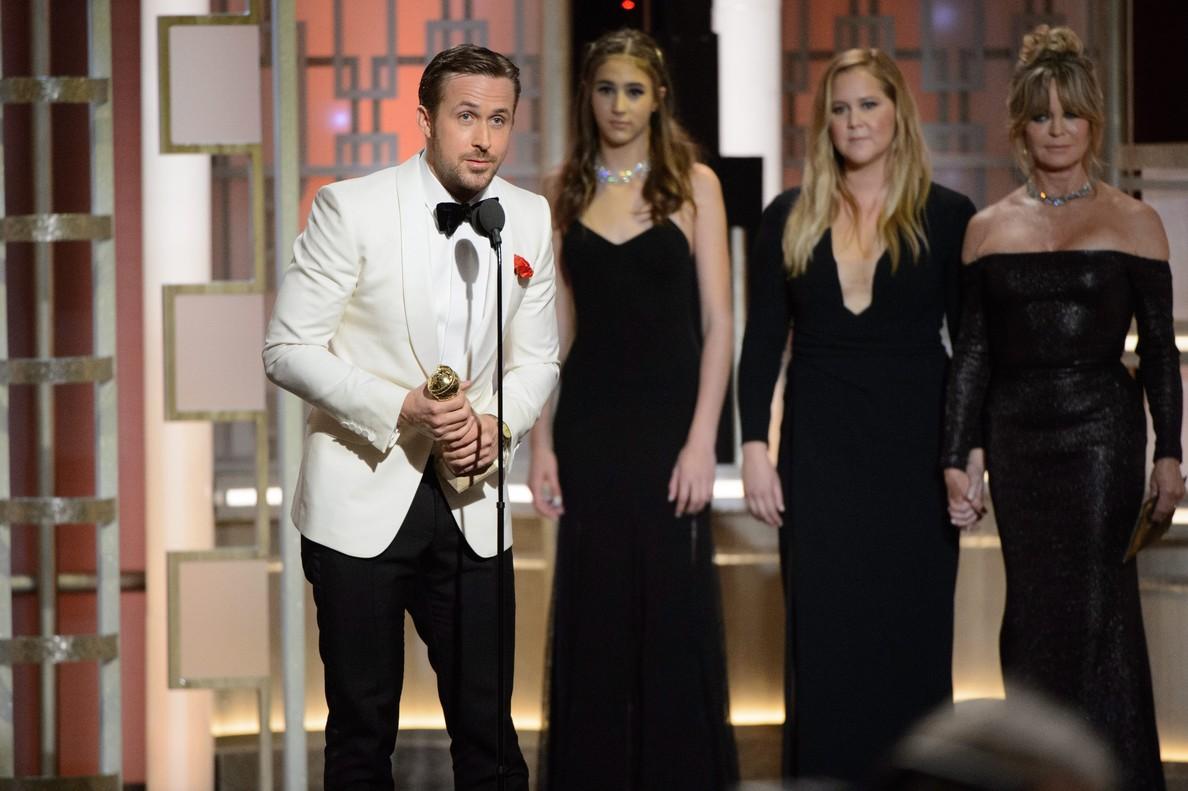 Ryan Gosling, durante su discurso de aceptación del Globo de Oro, que ha dedicado a su esposa, Eva Mendes.