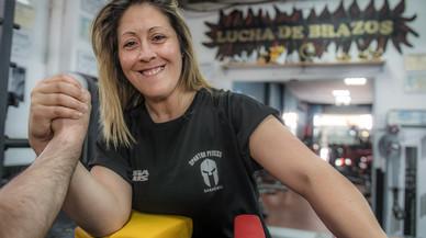 Sonia Miras: «La lucha de brazos no es un deporte barriobajero»