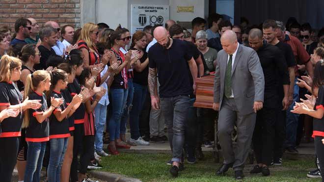 Último adiós al futbolista Emiliano Sala en su ciudad natal.