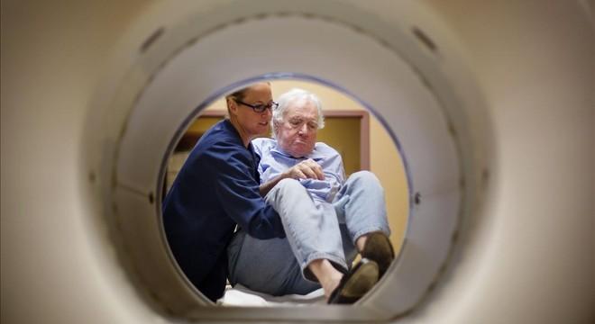 Las muertes por cáncer de pulmón suben un 26% entre las catalanas