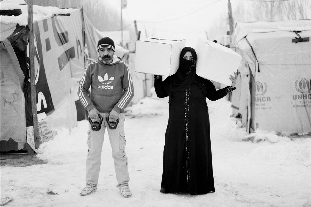 Una de las fotografías de la exposición Live, Love, Refugee de omar Imam, en el Pati Llimona.