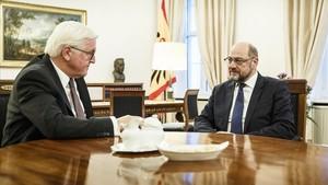 El socialdemòcrata Schulz sospesa recolzar un Govern de Merkel a Alemanya