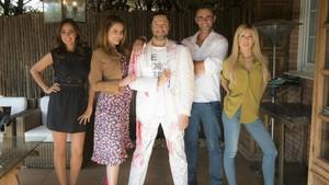 Carmen Alcalyde, Mónica Hoyos, Rafael Amargo, Alonso Caparrós y Oriana Marzoli, concursantes de Ven a cenar conmigo summer edition.