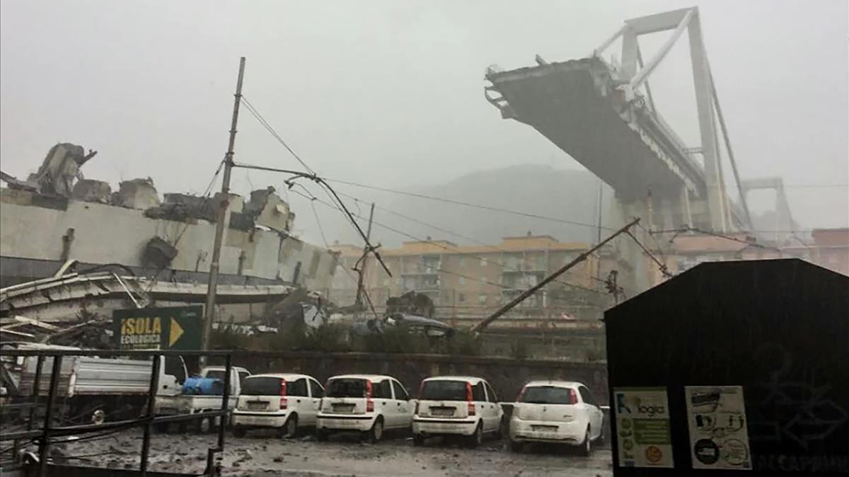 Bolsa Puente Cae El 22En Derrumbe Tras Un Atlantia Génova Del RA34jL5