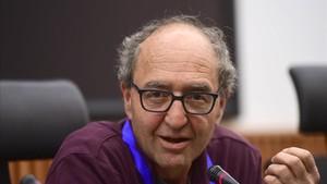 """L'escriptor detingut a Espanya i reclamat per Turquia critica l'actitud """"penosa"""" del Govern"""