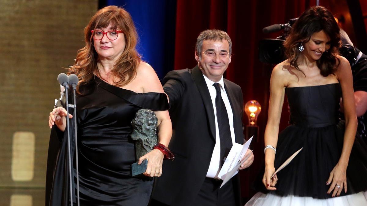 Isabel Coixet, tras recoger uno de los tres premios Goya.