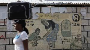 L'exdirector d'Oxfam a Haití va admetre haver pagat a prostitutes