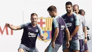 Arthur, en el entrenamiento de esta mañana en la Ciutat Esportiva Joan Gamper.