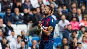 Morales celebra su gol ante el Real Madrid.