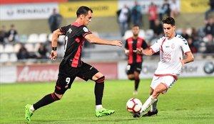 El Reus se aleja de los puestos de descenso de la Segunda tras ganar al Rayo Majadahonda.