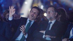 Pablo Casado y Mariano Rajoy, el viernes, en el primer día de la convención nacional que se celebra en Ifema.