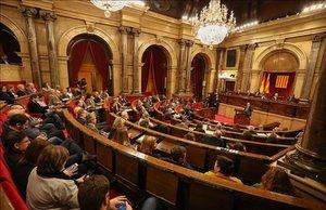La reforma exprés del reglament del Parlament aixeca crítiques de l'oposició